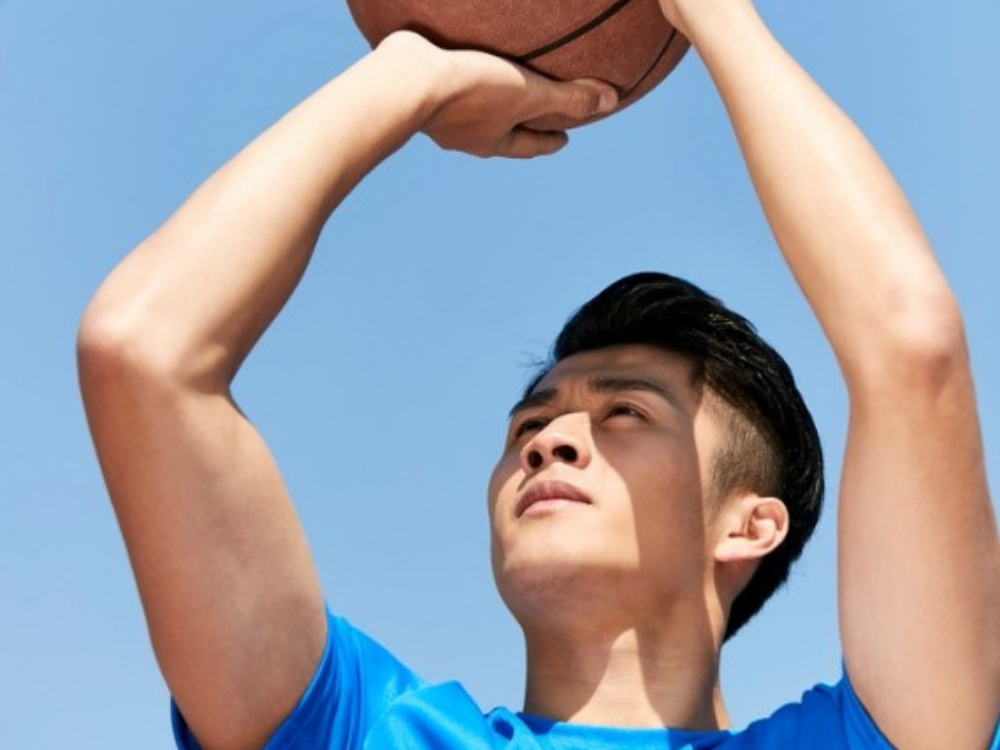 With this tool, basketball practice can now be done at home